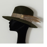 CRM105 - Camilla Rose Millinery