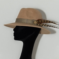 CRM104 - Camilla Rose Millinery